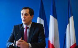 Nicolas Bay présentant les candidats FN aux législatives. Parmi eux, des profils plus que sulfureux... - CHAMUSSY/SIPA