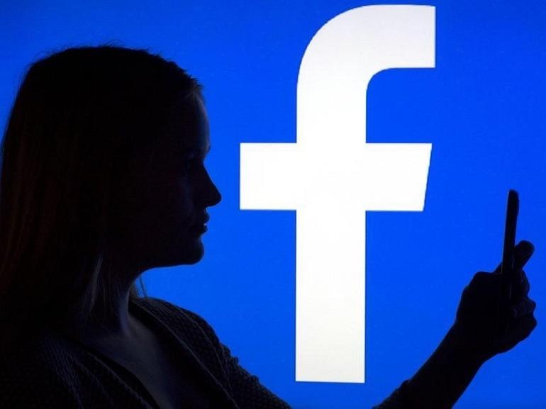 Fake news sur Facebook