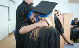 Remise des diplôme, journée de remise des diplômes @Maura24 via Pixabay