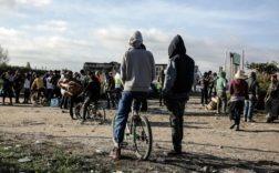migrants Calais réfugiés police policiers droit jungle Libye