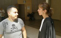 Le père de la fillette attaquée, avec son avocate M e Galan-Daymon. Photo Le DL/J.G.