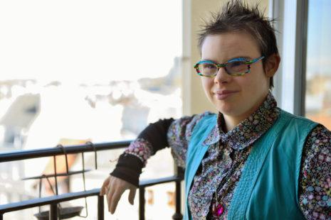 Eléonore, porteuse de trisomie 21 et candidate aux municipales