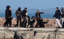 réfugiés repoussés sur île de Lesbos