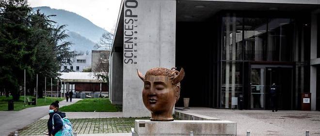 poléique à Sciences-Po Grenoble